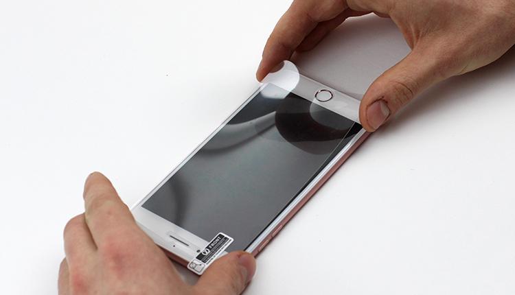 5. Folie kann auf den Smartphone Bildschirm